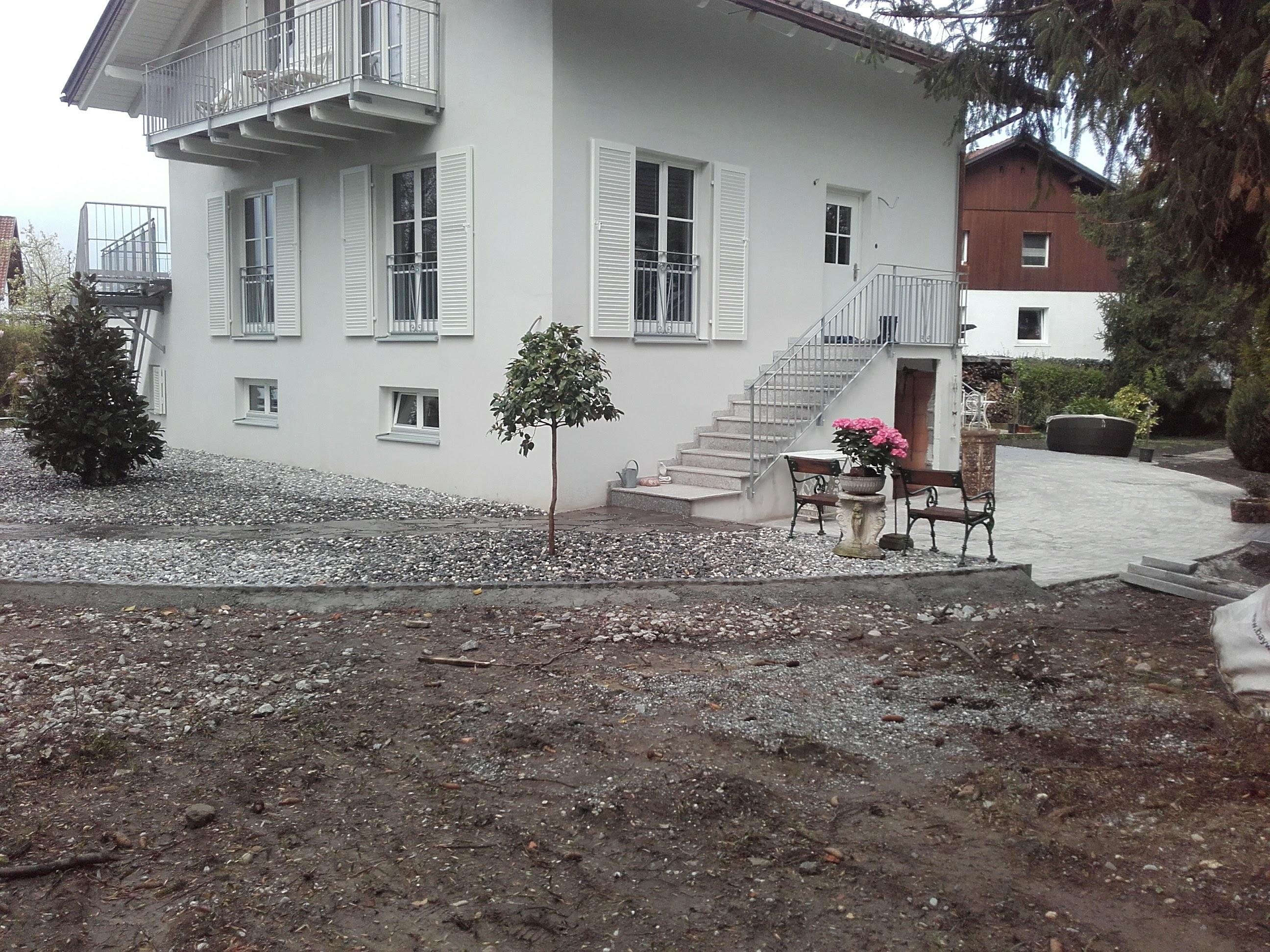 Tischler-, Garten- und Erdarbeiten